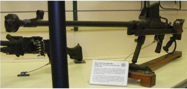 Lithgow-Small-Arms-Factory-Museum-Boys-Rifle-700-600x287